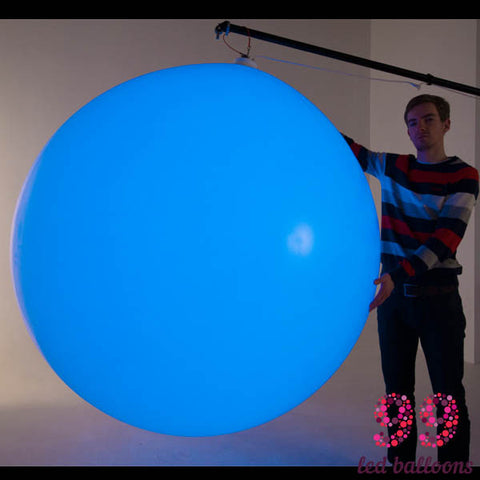 Large balloon lamp with DMX or remote control