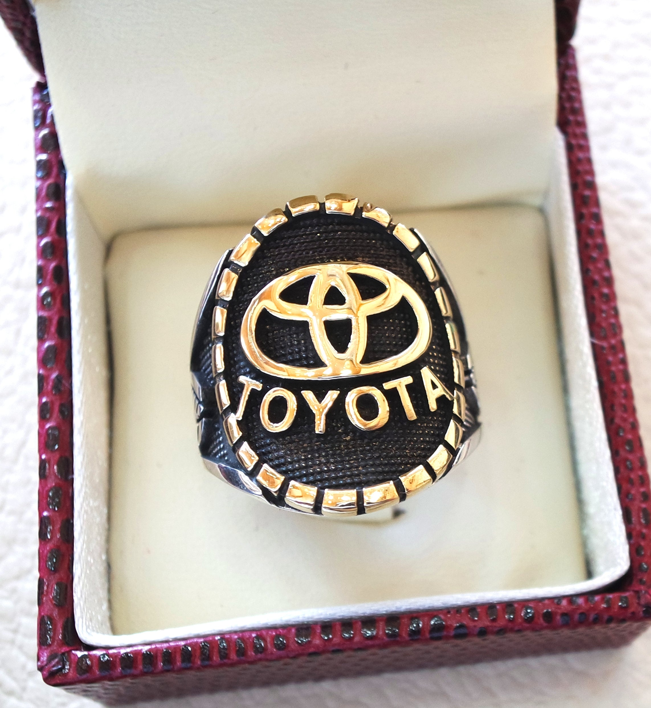 Toyota sterling silver 925 and bronze heavy man ring all sizes ideal for new car gift