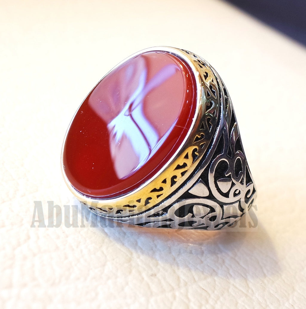 aqeeq natural flat agate carnelian stone oval red cabochon gem man ring sterling silver and yellow plating frame arabic turkey style