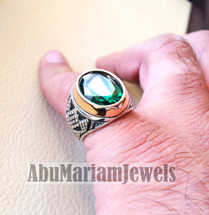 deep vivid fancy green synthetic corundum emerald stone high quality stone sterling silver 925 men ring and bronze frame all sizes jewelry