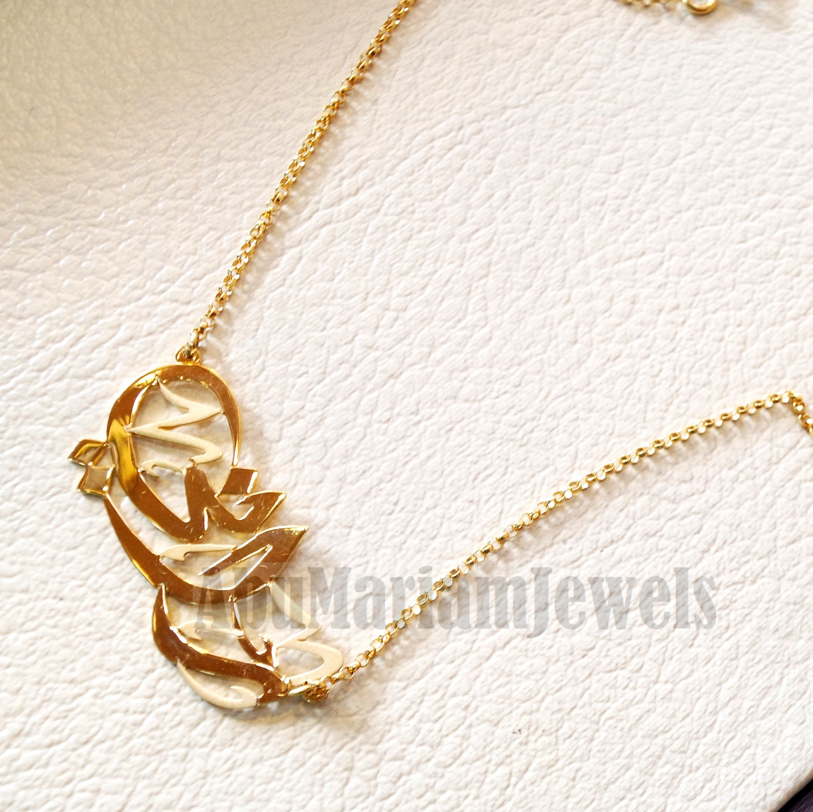 pendant initial bridesmaid jewelry disc product personalized gift charm gold original necklace letter