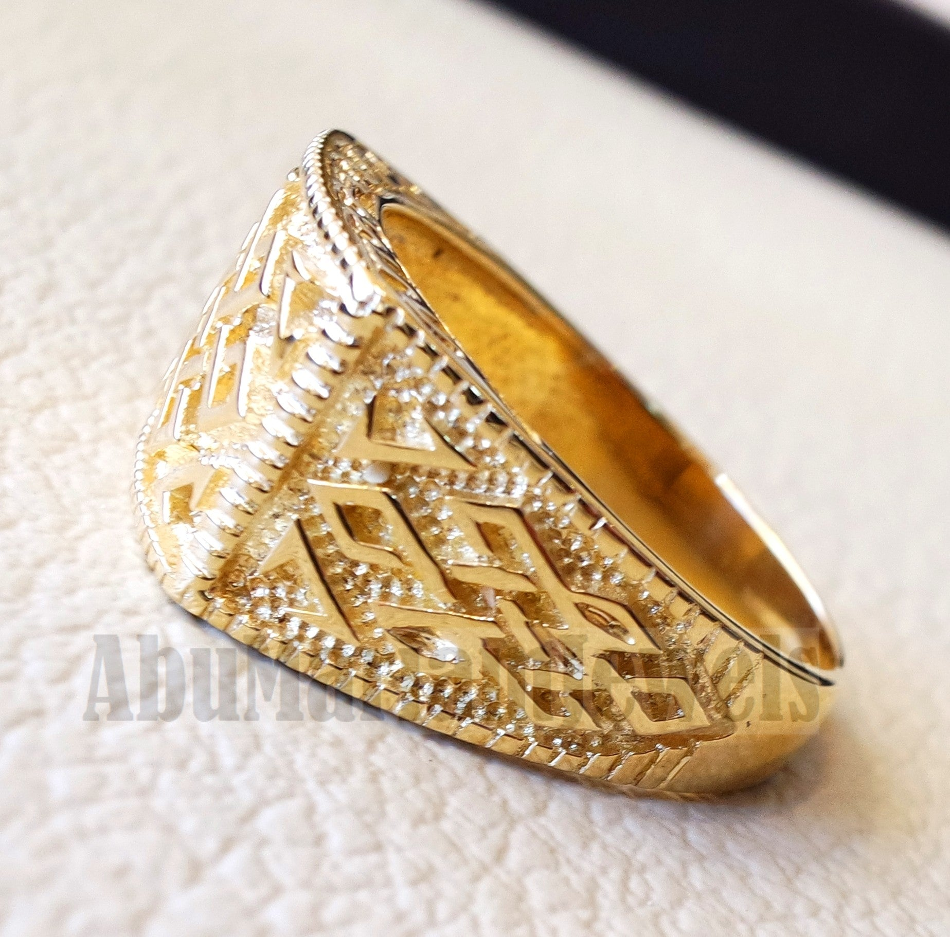 Celtic knot 18k yellow gold men ring  all sizes signet style fine jewelry fast shipping heavy man ring