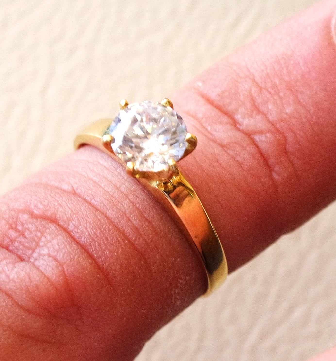 18 k gold classic promise ring cubic zircon stone identical in size ...