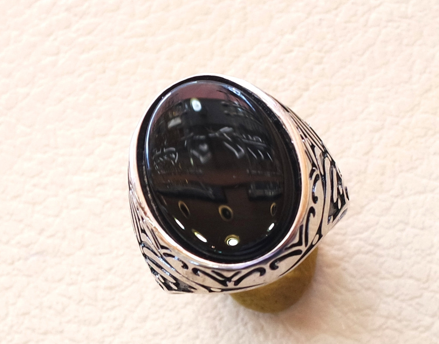 Flat Aqeeq Natural Agate Onyx Huge Big Stone Oval Black Gem Man Ring