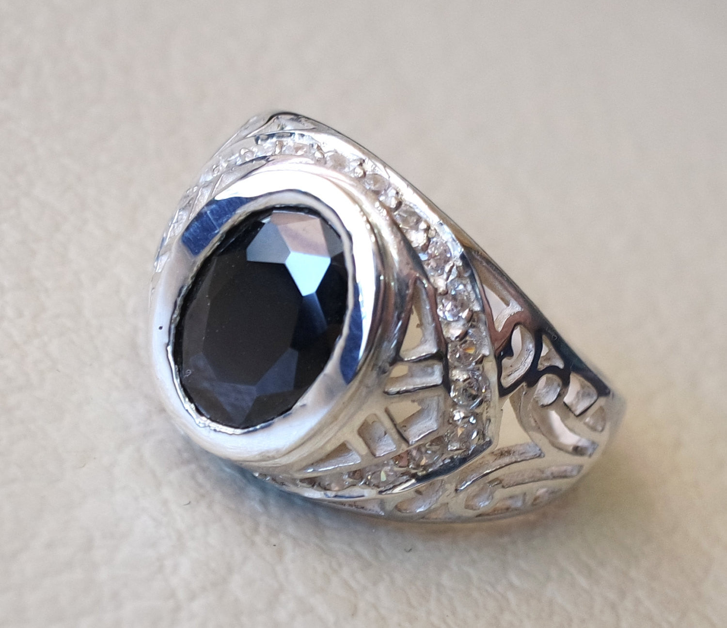 Black color cubic zirconia stone ring sterling silver 925 unisex all sizes white cubic zircon free shipping oval synthetic gemstone jewelry