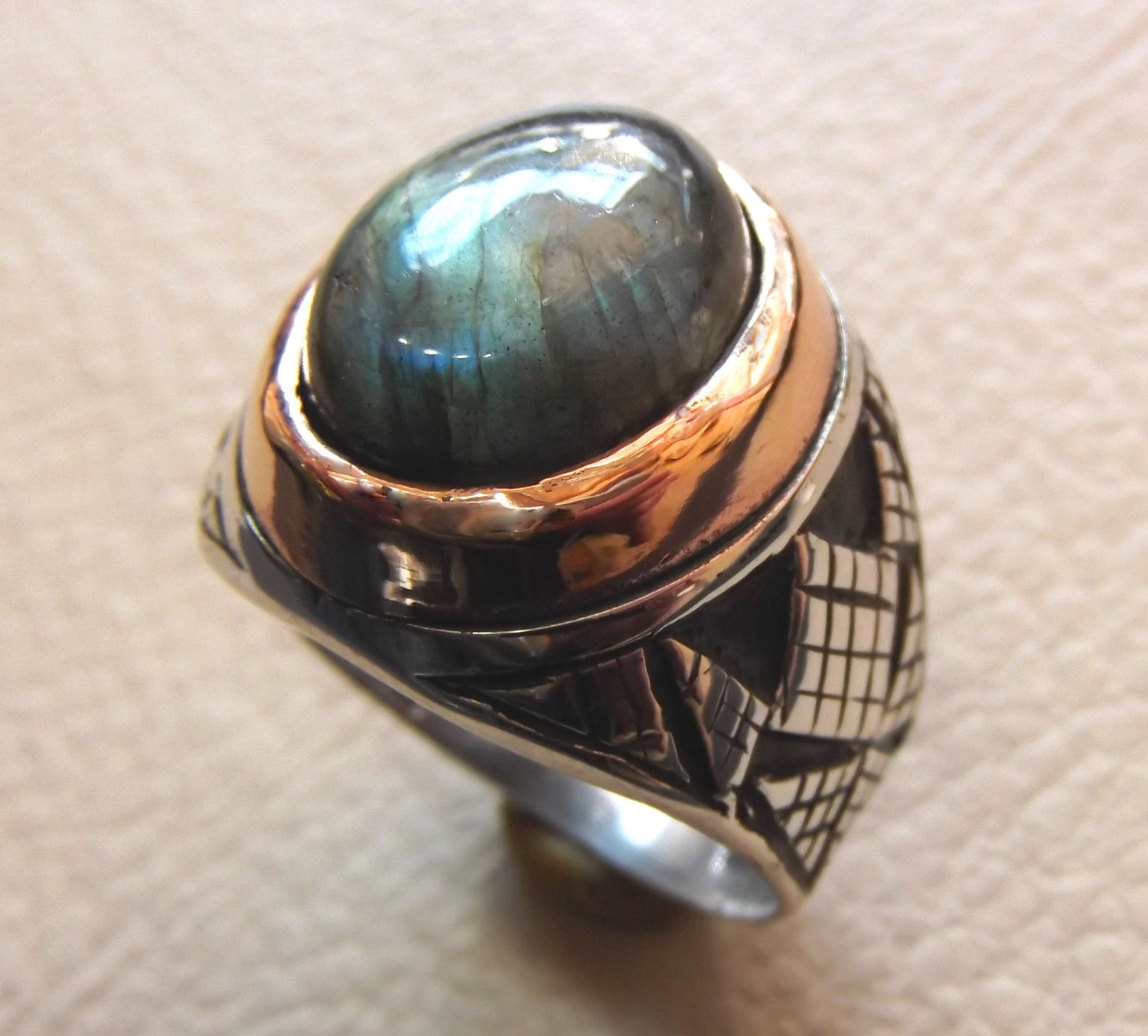 Labradorite natural stone multi color semi precious stone heavy man ring sterling silver 925 bronze frame any sizes jewelry express shipping