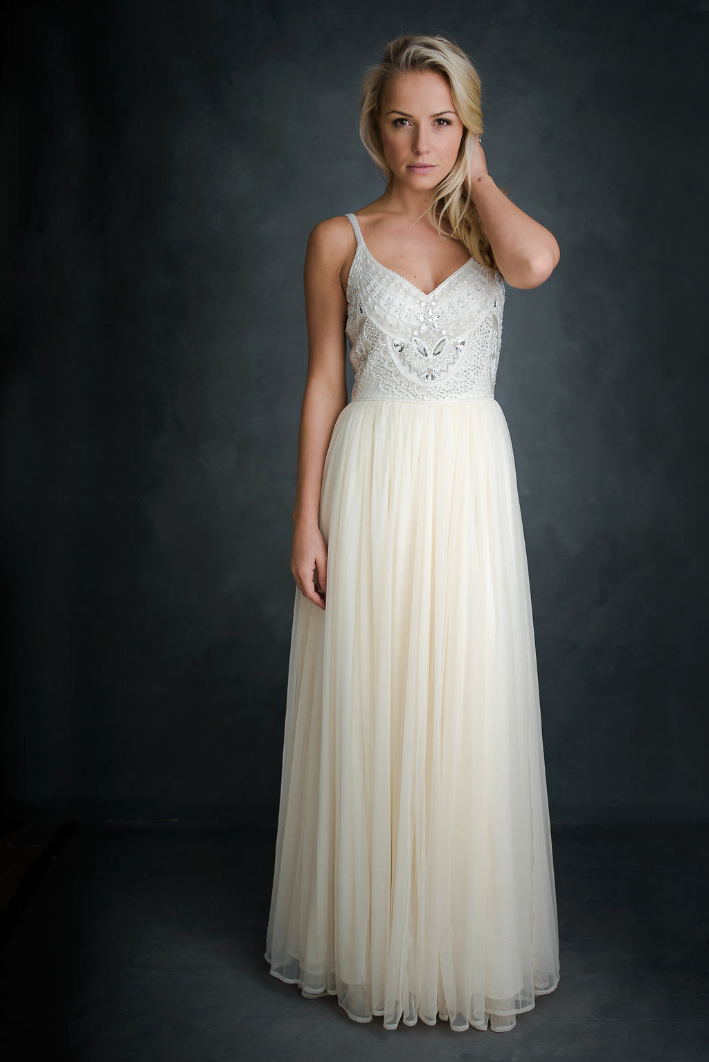 Willow Gown (Cream) | vickyrowe
