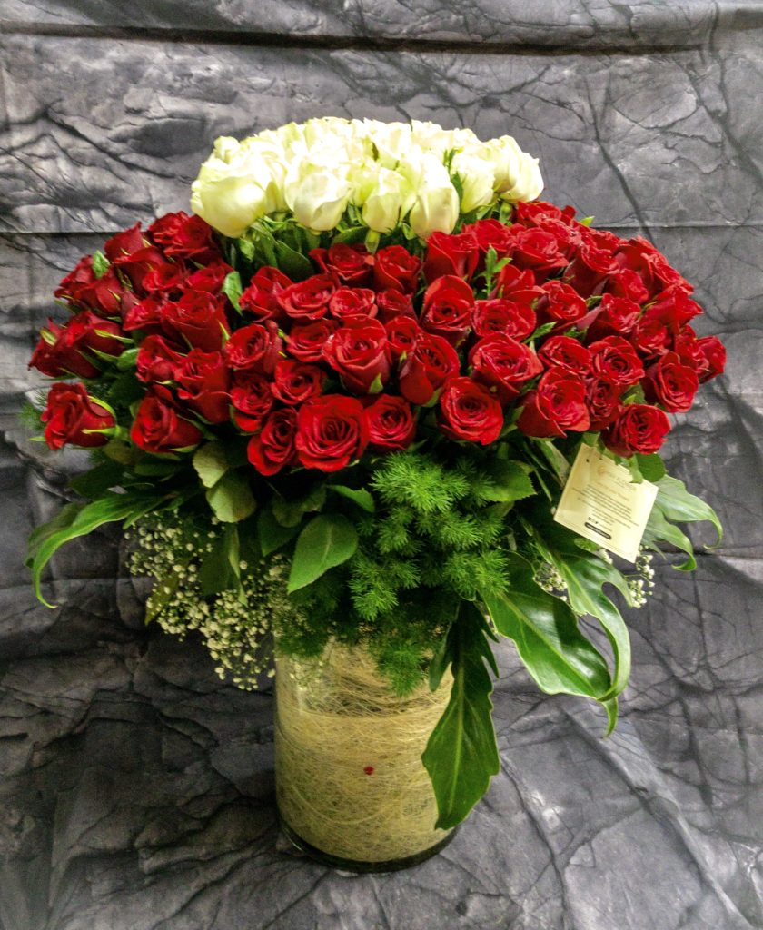 send roses flowers bouquet on wedding anniversary