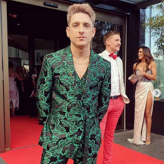 We might be biased, but we thought Stephen Byrne stole the show on the VIP Magazine Style Awards red carpet. Stephen wore our Heavy Curb Chain in gold vermeil.