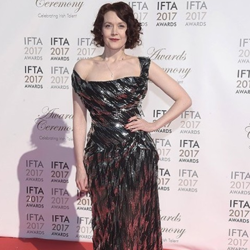 That's red carpet style! Simone Kirby looking outstanding in Edge Only jewellery. Simone wears our new Spiral Drop Pendant, Rugged Ring, Wedge Ring and our Diamond Cut Cylinder Drop Earrings at The IFTA Awards.