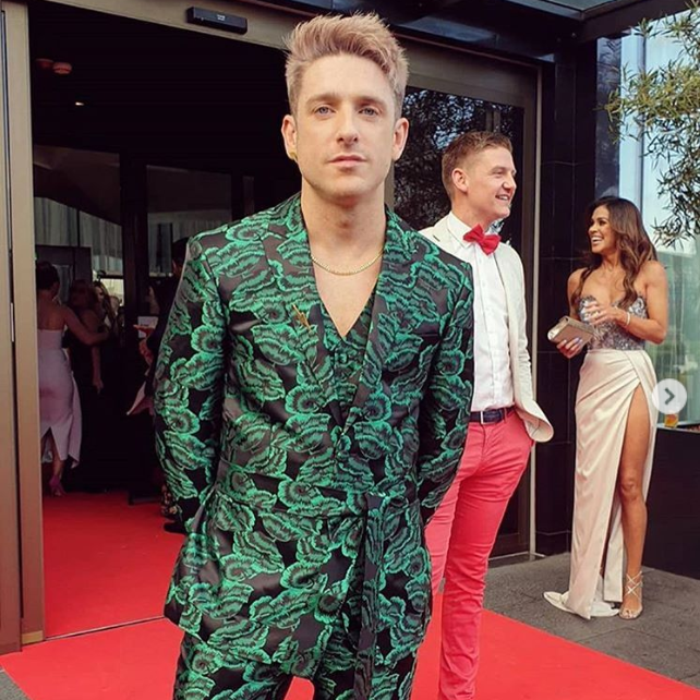 We might be biased, but we thought Stephen Byrne stole the show on the VIP Magazine Style Awards red carpet. We adore this man and his style!  Stephen wore our Heavy Curb Chain in gold vermeil.