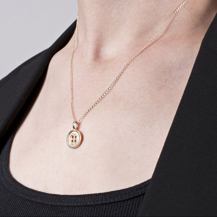 Button Pendant in 14 carat Gold