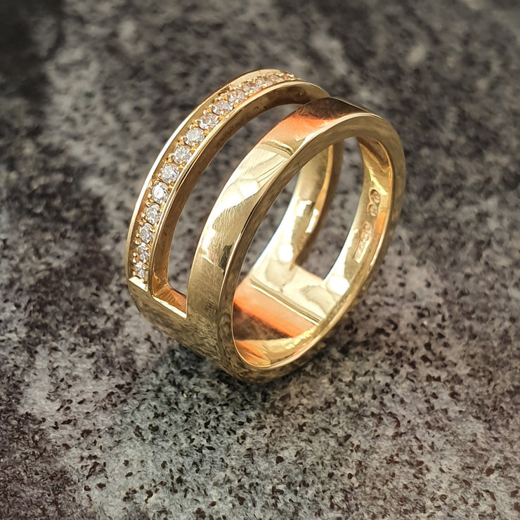 Edge Only Diamond Parallel Ring in 14 carat gold