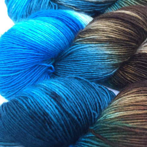 Inkling sock yarn color Turquoise