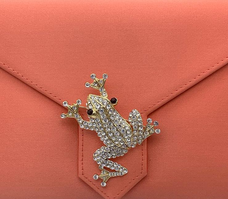 Gold and Crystal Frog brooch