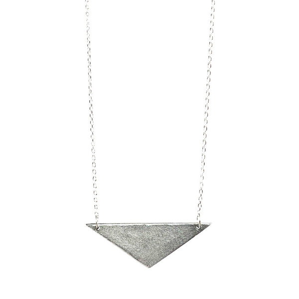 Article22 Triangle Necklace