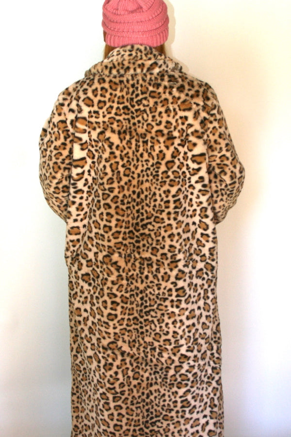 white leopard faux fur coat cheetah print fax fur coat leopard faux fur fabric  leopard print faux fur jacket leopard faux fur coat plus size leopard fur coat  long body fcheetah print faux fur jacket  winter warm coat