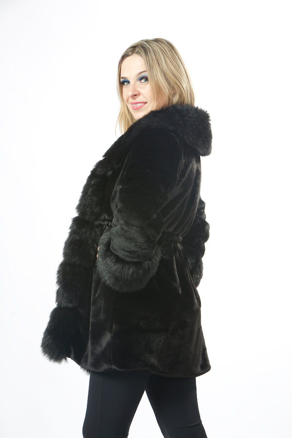Luxury Black  Faux Fur Jacket Winter Warm Faux Fur Jacket EMW190013
