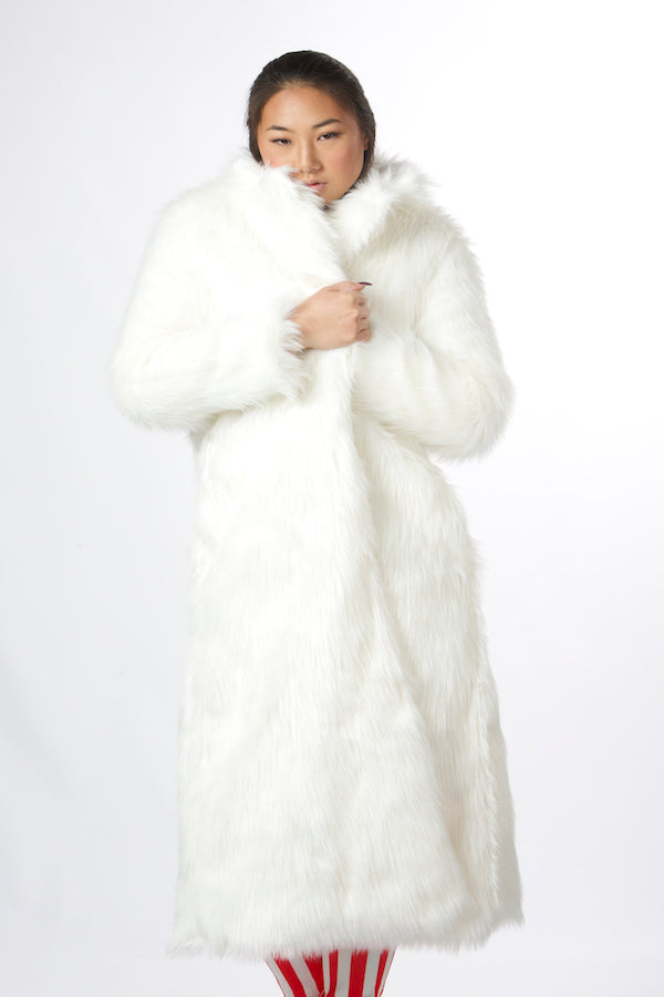 white faux fur coat , long body faux fur coat christmas coat winter warm coat snow coat ski coat fur coat fashion show coat designer's coat unique black coat christmas gifts idea best birthday gift faux fur coat cheap luxury faux fur coat women's faux fur coat plus size full length faux fur coat faux fur coat wedding faux fox fur coat