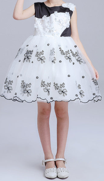 Kids White And Black Sleeveless Party Dresses EM208KE