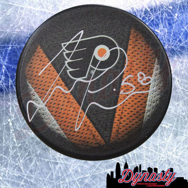 Taylor Leier Autographed Philadelphia Flyers Hockey Stitched Logo Puck - Dynasty Sports & Framing