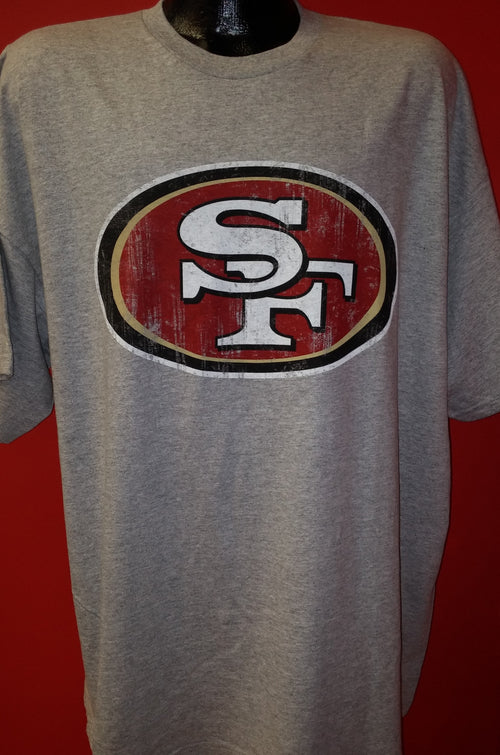 San Francisco 49ers Majestic Distressed Logo T-Shirt (Gray) - Dynasty Sports & Framing