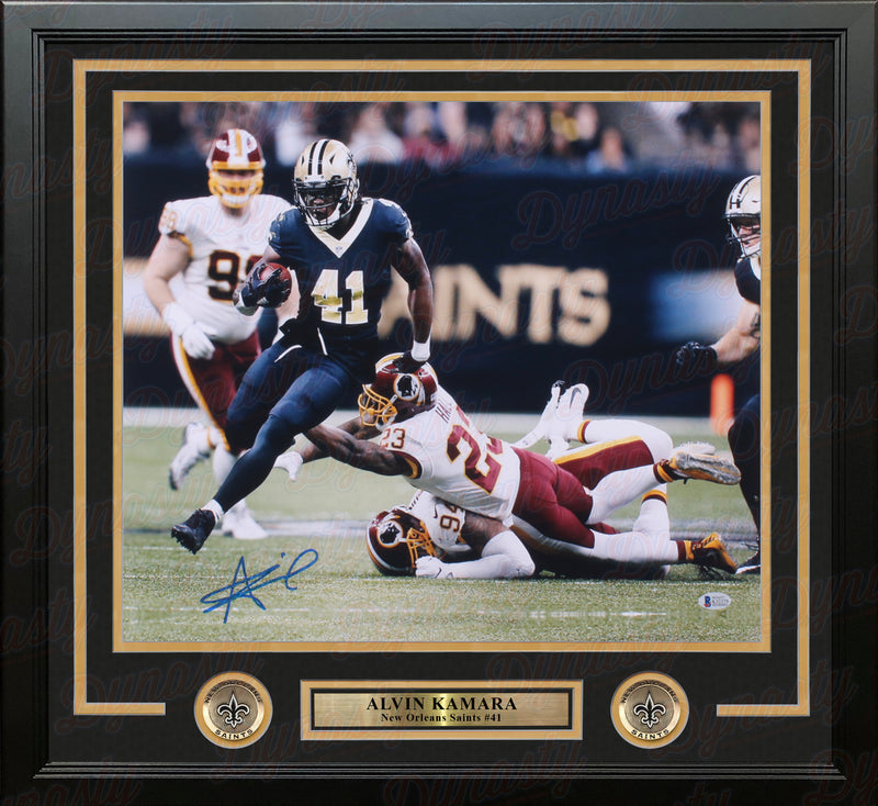 "Alvin Kamara in Action New Orleans Saints Autographed 16"" x 20"" Framed Football Photo - Dynasty Sports & Framing"