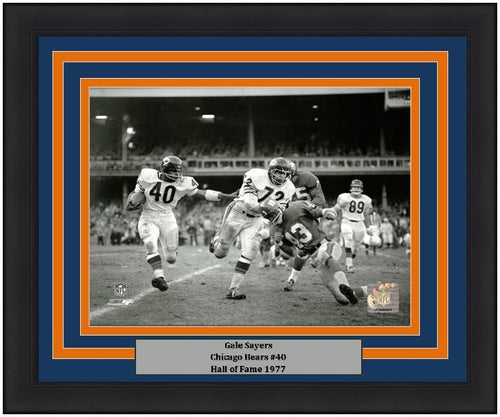 "Chicago Bears Gale Sayers 8"" x 10"" Framed and Matted Photo"