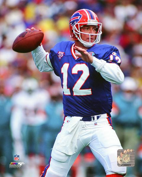 "Jim Kelly in Action Buffalo Bills 8"" x 10"" Football Photo - Dynasty Sports & Framing"