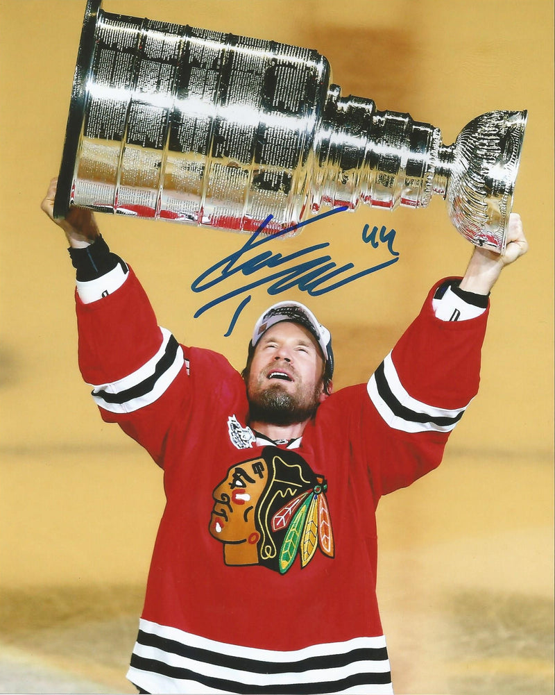 Chicago Blackhawks Kimmo Timonen Autographed Stanley Cup NHL Hockey Photo - Dynasty Sports & Framing
