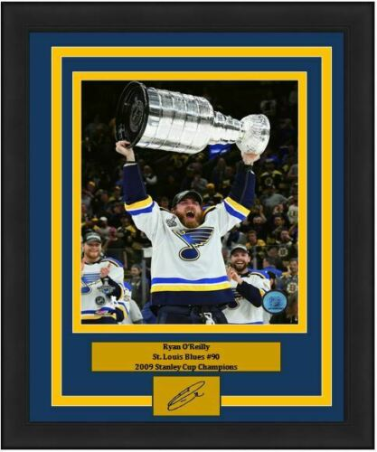 "Ryan O'Reilly St. Louis Blues 2019 Stanley Cup 8"" x 10"" Framed Hockey Photo with Engraved Autograph - Dynasty Sports & Framing"