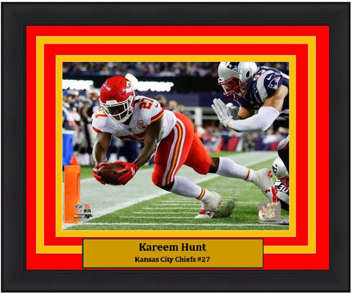 "Kansas City Chiefs Kareem Hunt NFL Football 8"" x 10"" Framed and Matted Photo"