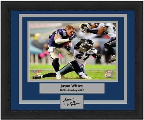 Jason Witten No-Helmet Run v. the Eagles Dallas Cowboys NFL Football Framed and Matted Photo with Engraved Autograph - Dynasty Sports & Framing