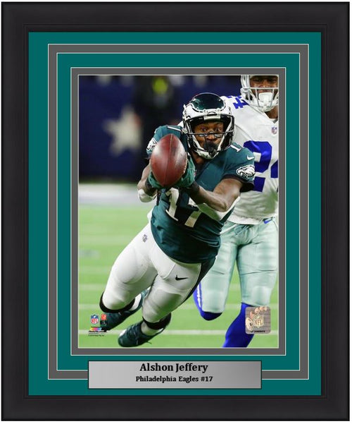 "Alshon Jeffery v. Dallas Cowboys Philadelphia Eagles NFL Football 8"" x 10"" Framed and Matted Photo"