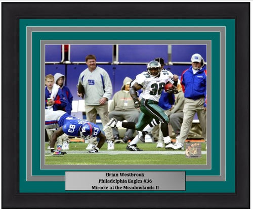 "Brian Westbrook Punt Return v. Giants Philadelphia Eagles NFL Football 8"" x 10"" Framed and Matted Photo - Dynasty Sports & Framing"