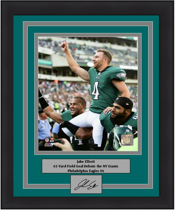 "Philadelphia Eagles Jake Elliott 61-Yard Field Goal Celebration Engraved Autograph NFL Football 8"" x 10"" Framed & Matted Photo (Dynasty Signature Collection)"
