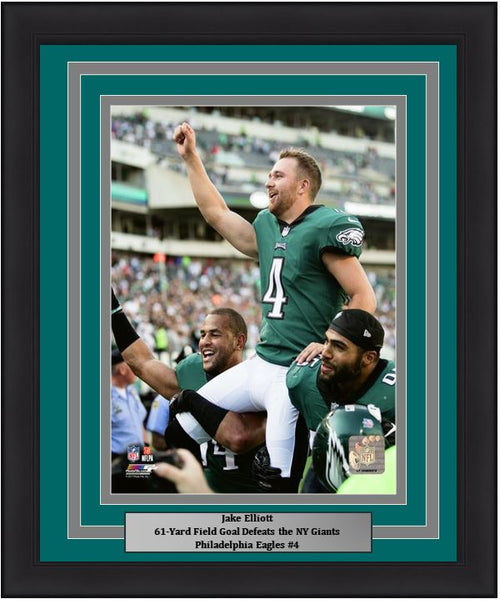 "Philadelphia Eagles Jake Elliott 61-Yard Field Goal Celebration NFL Football 8"" x 10"" Framed and Matted Photo"