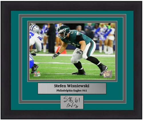 "Philadelphia Eagles Stefen Wisniewski NFL Football 8"" x 10"" Framed & Matted Photo (Dynasty Signature Collection) - Dynasty Sports & Framing"