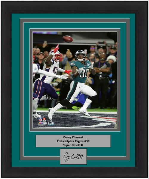 "Philadelphia Eagles Super Bowl LII Corey Clement Engraved Autograph NFL Football 8"" x 10"" Framed & Matted Photo (Dynasty Signature Collection)"
