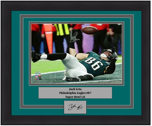"Philadelphia Eagles Super Bowl LII Zach Ertz Touchdown Engraved Autograph NFL Football 8"" x 10"" Framed & Matted Photo (Dynasty Signature Collection)"
