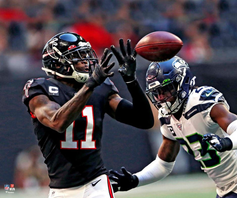 "Julio Jones Close-Up Catch Atlanta Falcons 8"" x 10"" Football Photo - Dynasty Sports & Framing"