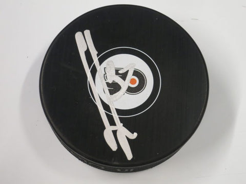 Michal Neuvirth Autographed Philadelphia Flyers Logo Puck - Dynasty Sports & Framing