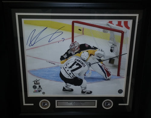 Philadelphia Flyers Wayne Simmonds 2017 All-Star Game Goal Autographed NHL Hockey Framed and Matted Photo