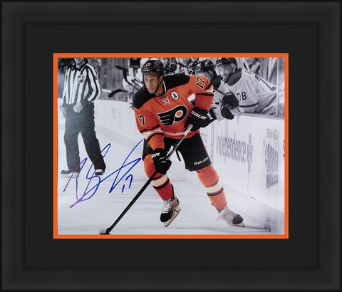 "Wayne Simmonds Autographed Philadelphia Flyers Alternate 16"" x 20"" Framed and Matted Photo - Dynasty Sports & Framing"