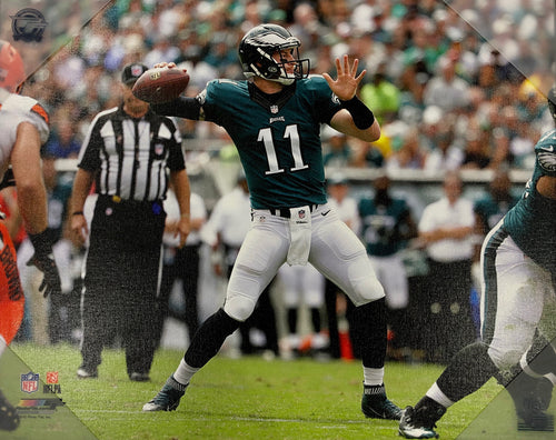 Carson Wentz in Action Philadelphia Eagles 16x20 Football Canvas Print - Dynasty Sports & Framing