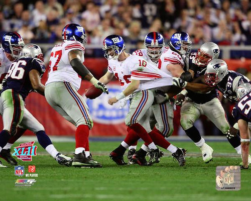 "New York Giants Eli Manning Super Bowl XLII Escape NFL Football 8"" x 10"" Photo"