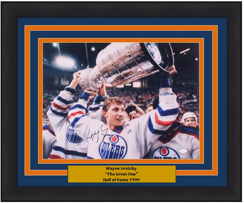 "Wayne Gretzky Edmonton Oilers Stanley Cup Autographed 16"" x 20"" Framed Photo - Dynasty Sports & Framing"