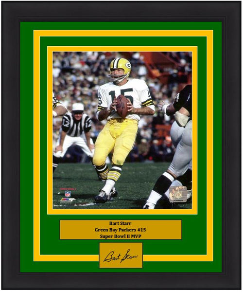 "Bart Starr Green Bay Packers Super Bowl II NFL Football 8"" x 10"" Framed and Matted Photo with Engraved Autograph - Dynasty Sports & Framing"