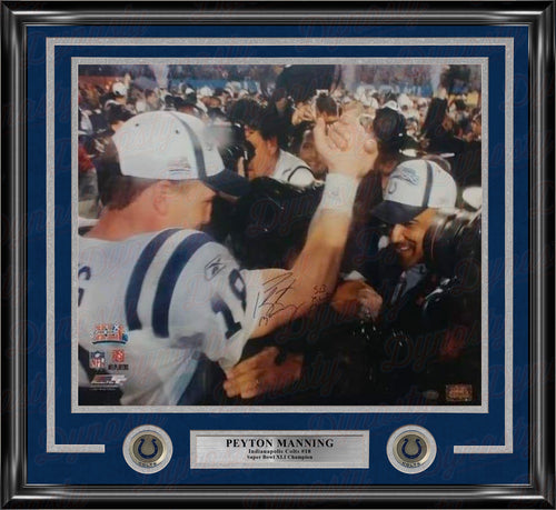 Peyton Manning Indianapolis Colts Autographed Super Bowl XLI 16x20 Framed Photo - Dynasty Sports & Framing