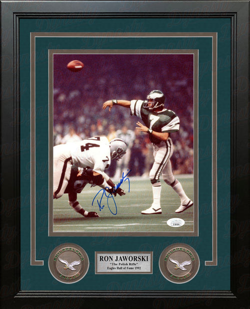 "Ron Jaworski Super Bowl XV Throw Philadelphia Eagles Autographed 8"" x 10"" Framed Photo - Dynasty Sports & Framing"